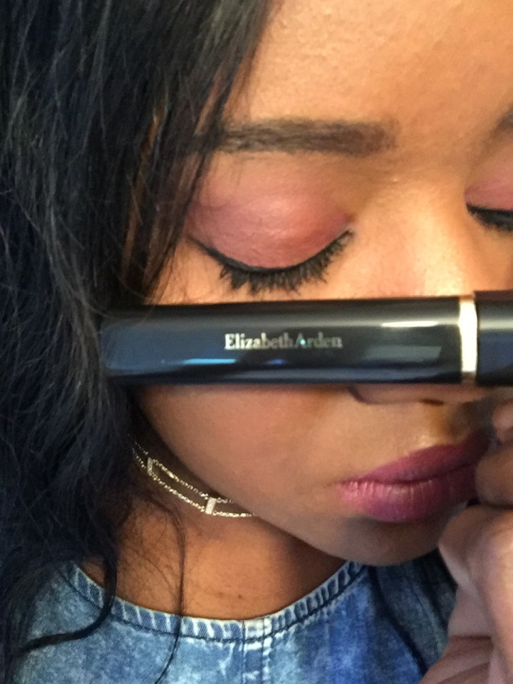 Video: Elizabeth Arden – Beautiful Colour – Maximum Volume Mascara