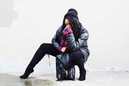 Street style, Photoshoot, model, plus size model, boots,winter, shopping, gift giving, fashion, black girls who blog, black fashion, high fashion, black boots, tigh high boots, sexy boots, sex, sex kitten, mirror, fashion blogger, fashion, fashion killer, fashion mom, vancouver, canada, pr friendly, reviews, urban planet, matsqui trail, Fraser Valley, influencer