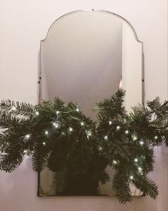 trimmings, christmas, tree, garland, home decor, diy, simple christmas, vancity blogger